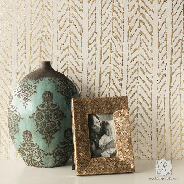 How to Stencil Textured Walls with Embossing Roller & Gold