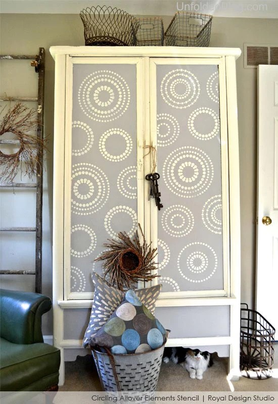 Stenciling and Chalk Paint Ideas for Furniture