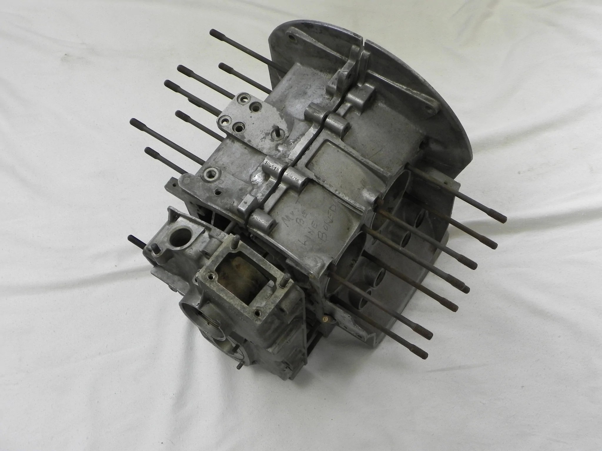 small resolution of  used 912 engine case 616 36 1965 67