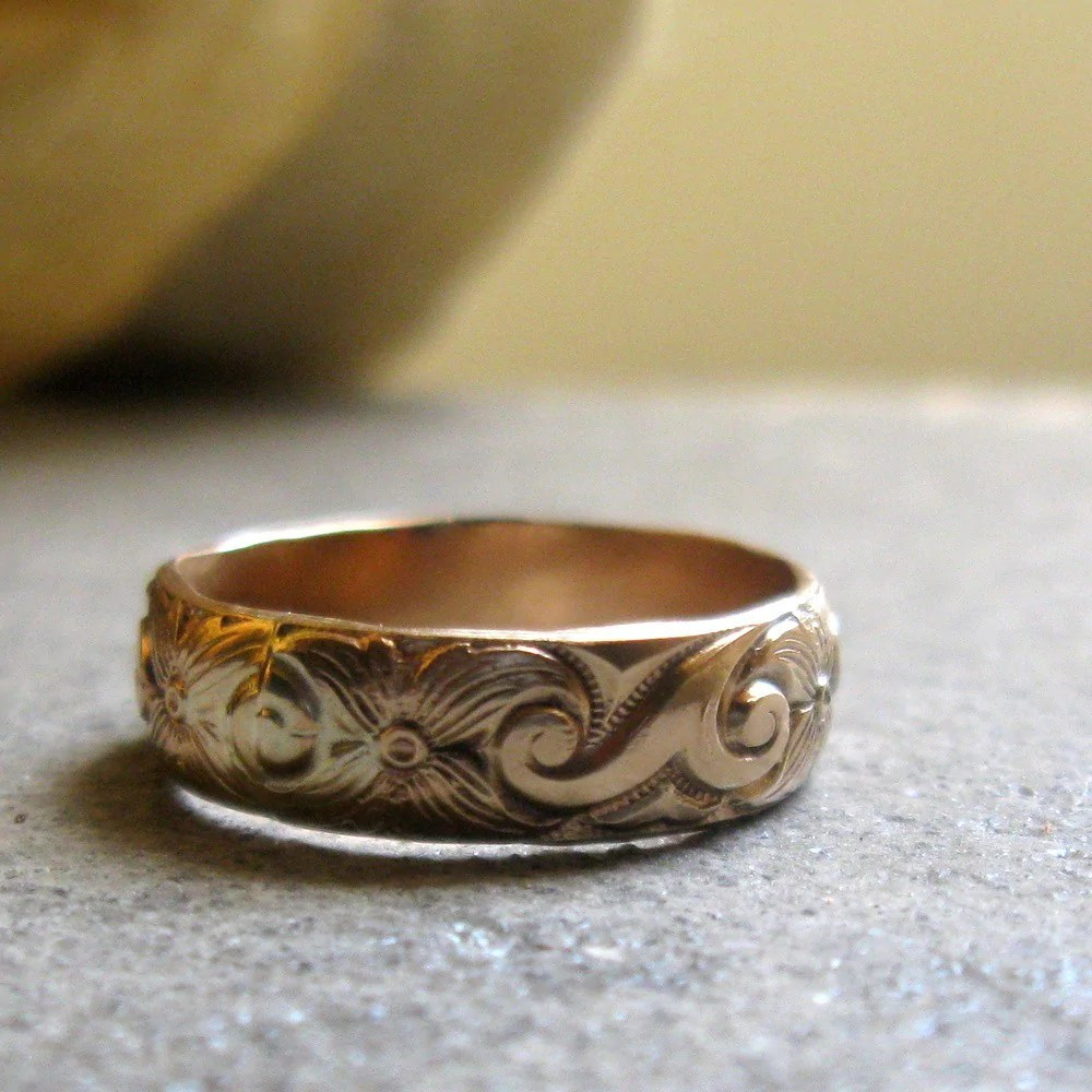 Bold gold pattern band ring  unique wedding ring  Unique Wedding Rings