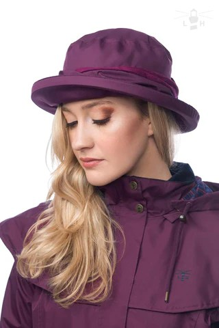Lighthouse Womens Canterbury Cloche Hat in Purple.
