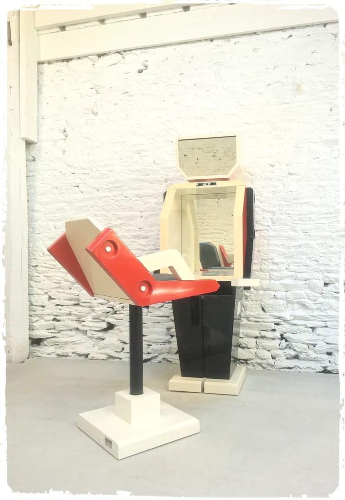 mobilier salon de coiffure vintage