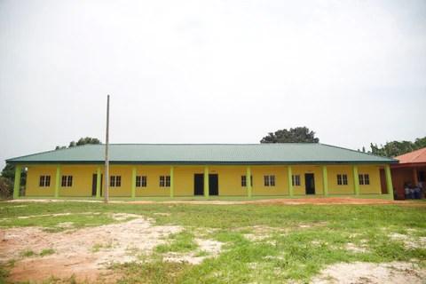Uyi Omoregbe, NASO founder built a new school in Urhokuosa community