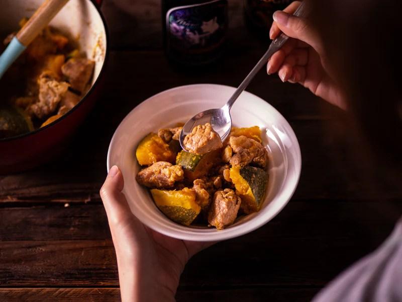 南瓜燉肉(食譜影片)| Braised Pork with Pumpkin – Flambo 富蘭鍋