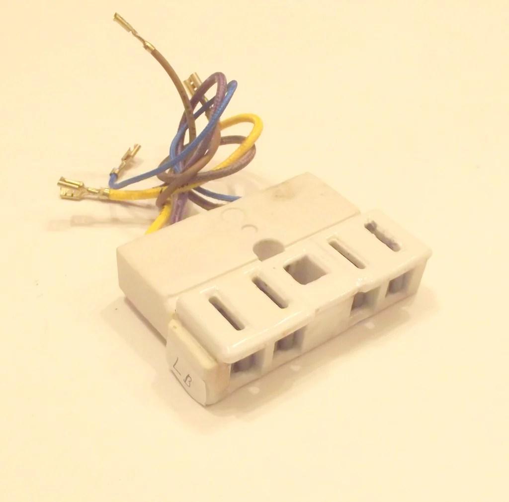 medium resolution of y702434 receptacle