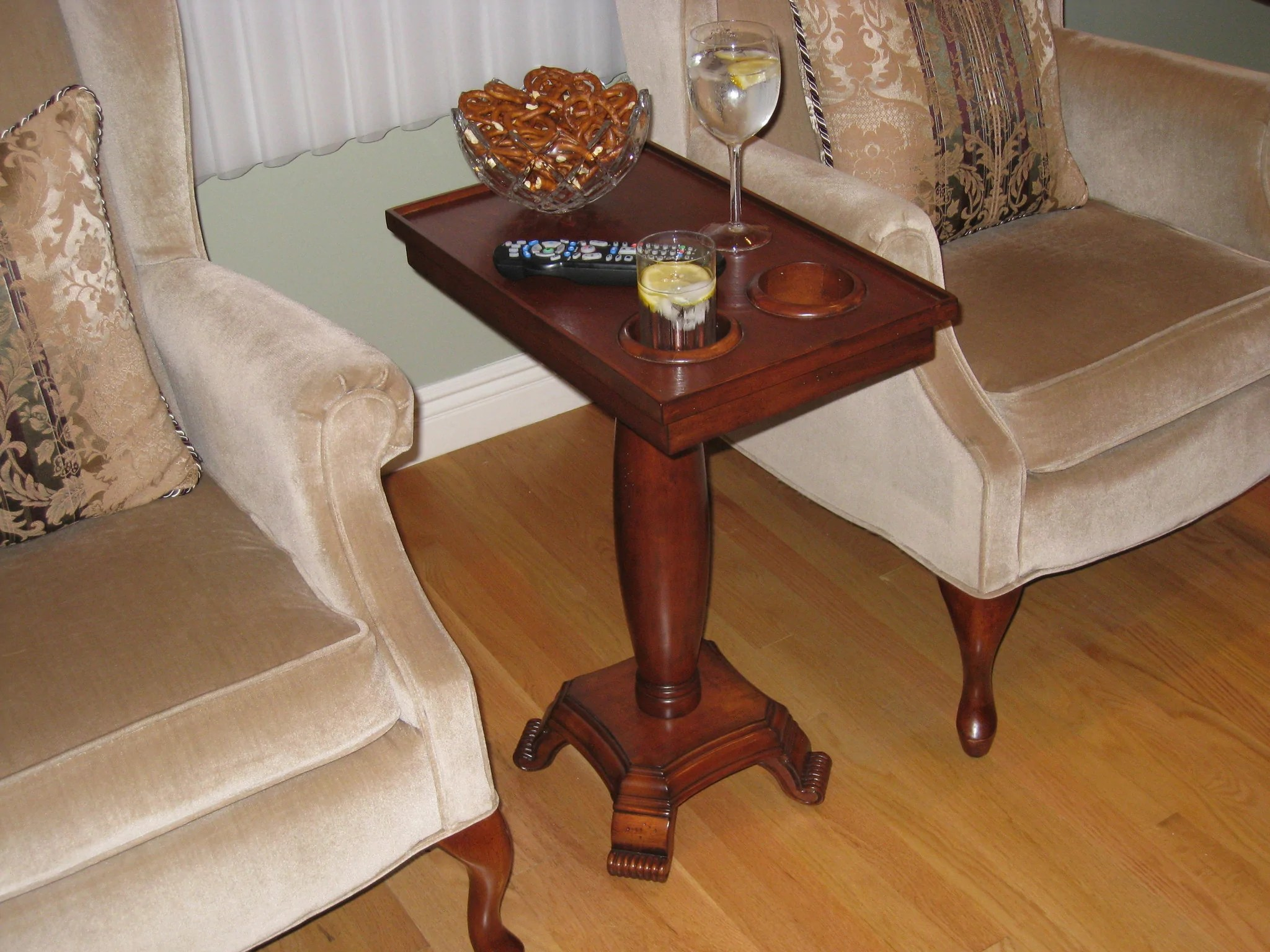 chair side end table with cup holder christmas elf covers small tables and outdoor