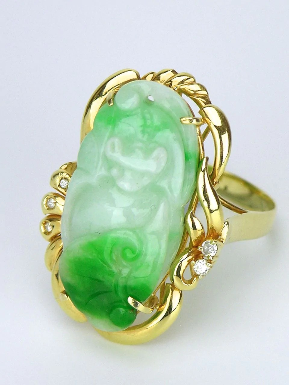 Vintage Chinese carved jade and diamond 14k yellow gold