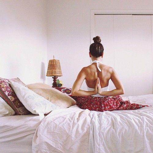"""Résultat de recherche d'images pour """"yoga bed tumblr"""""""