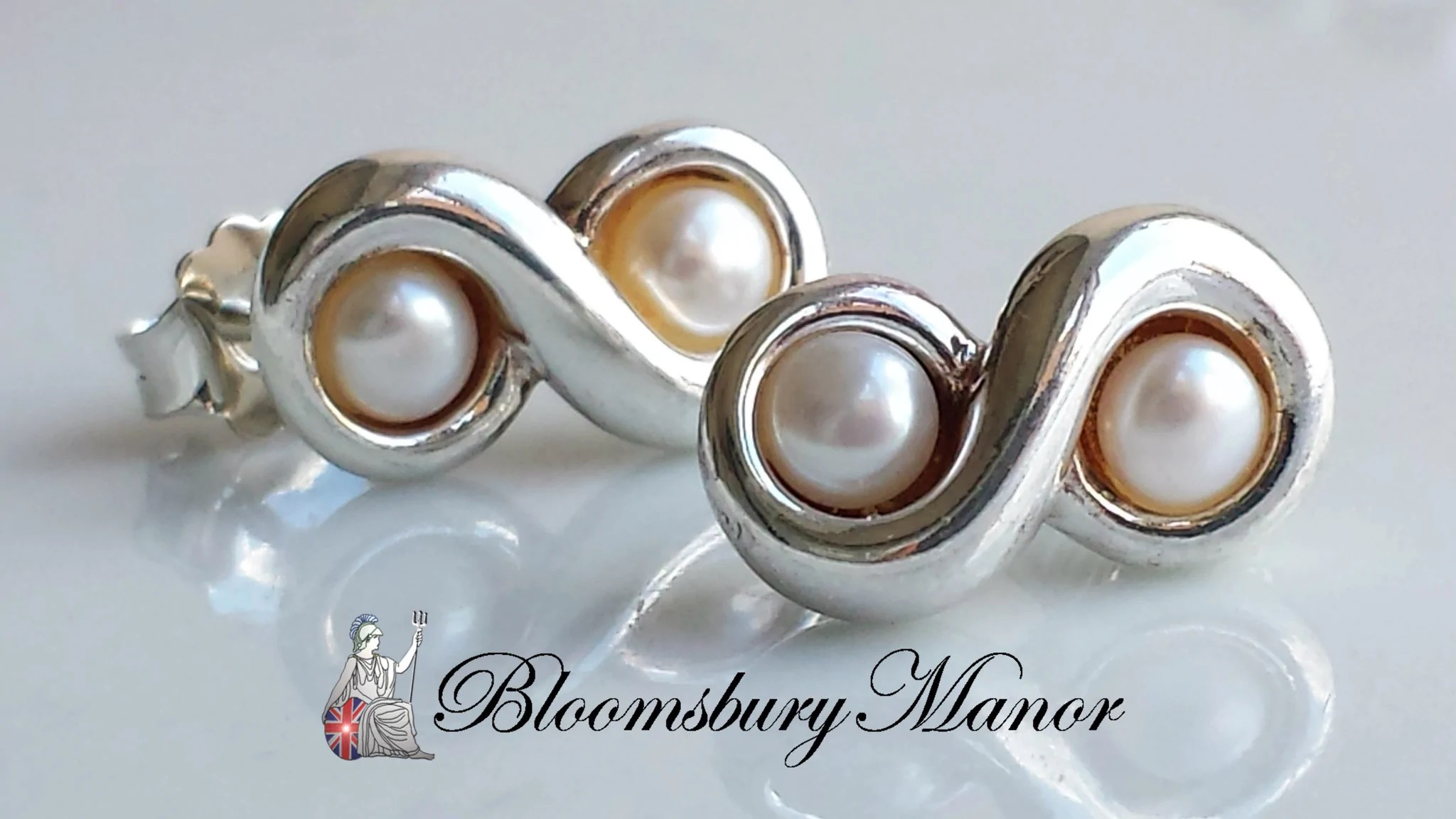 Tiffany & . Vintage Freshwater Pearl Sterling Silver