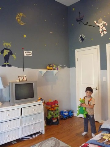 Space Themed Room Brings Out The Astronaut In One Little Boy