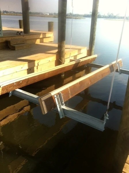 Vinyl Bunk Pad  Lunmar Boat Lifts