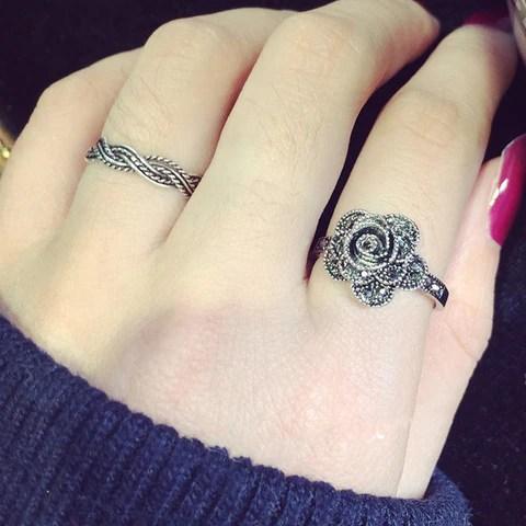 Rose ring tattoo  Beliebtester Schmuck