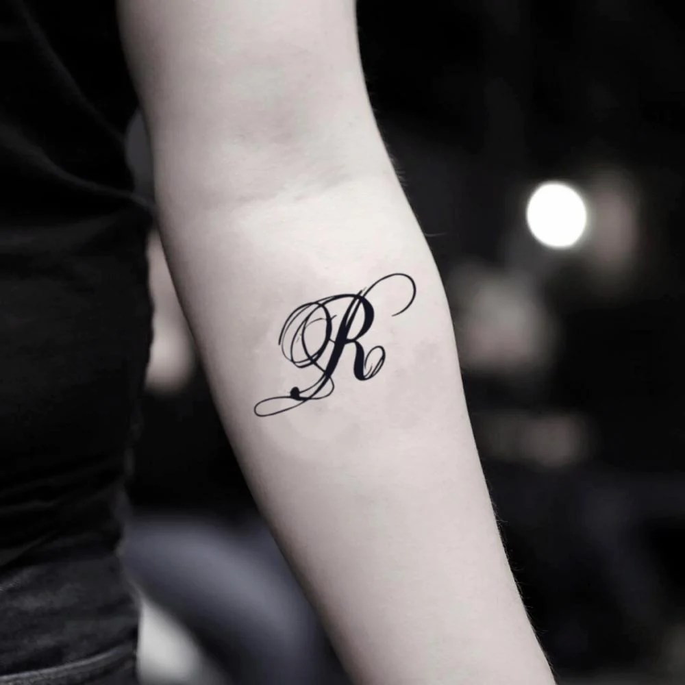R Alphabet Tattoo Mehndi Design