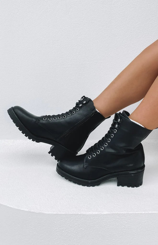 Verali Roni Boots Black Softee 12