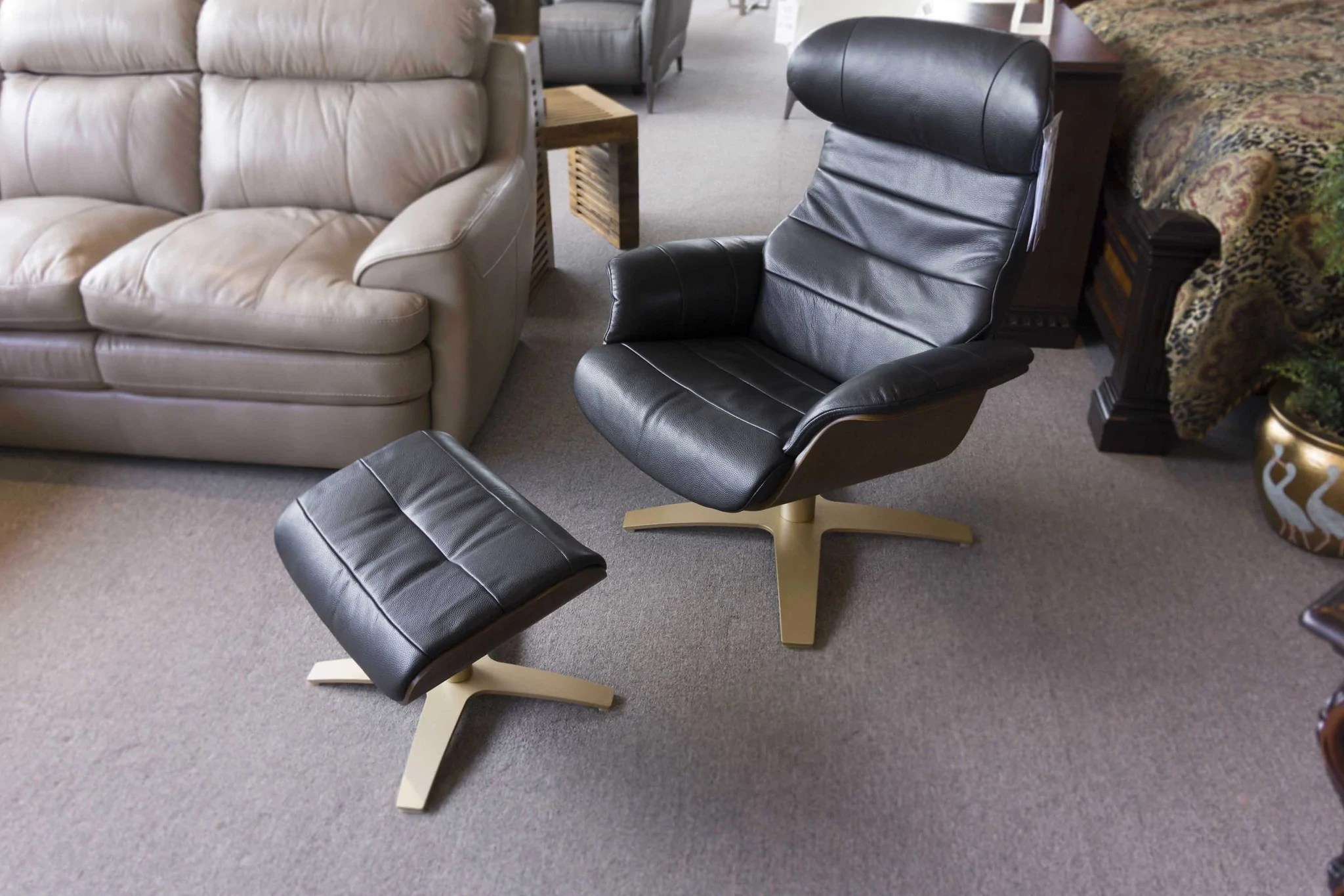Leather Chair And Ottoman A928 Leather Chair Ottoman 1399 Gallery Furniture Of