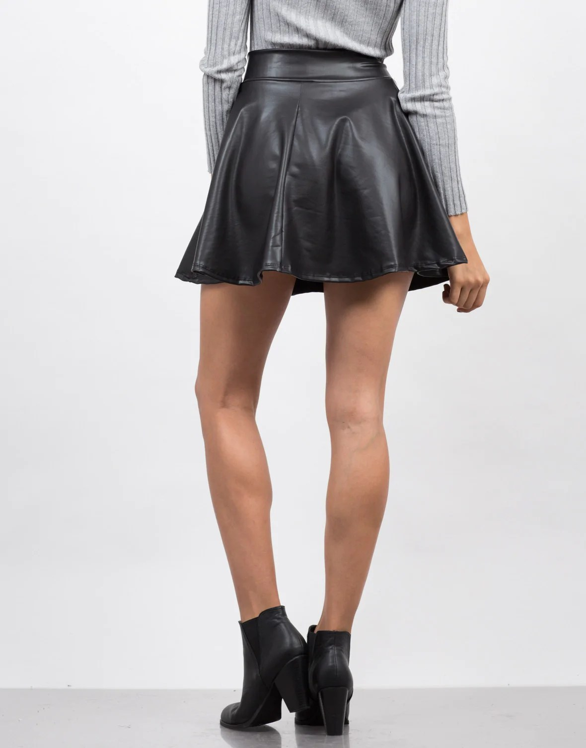 RSVH WSS Women Celeb Black Wet Look Faux Leather Look Flared Mini Skater Skirt