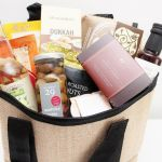 Christmas Food Hamper In A Wine Picnic Basket Xmas Gift Hamper The Gift Loft Nz The Gift Loft Nz Quality Online Gift Ideas For All Occasions