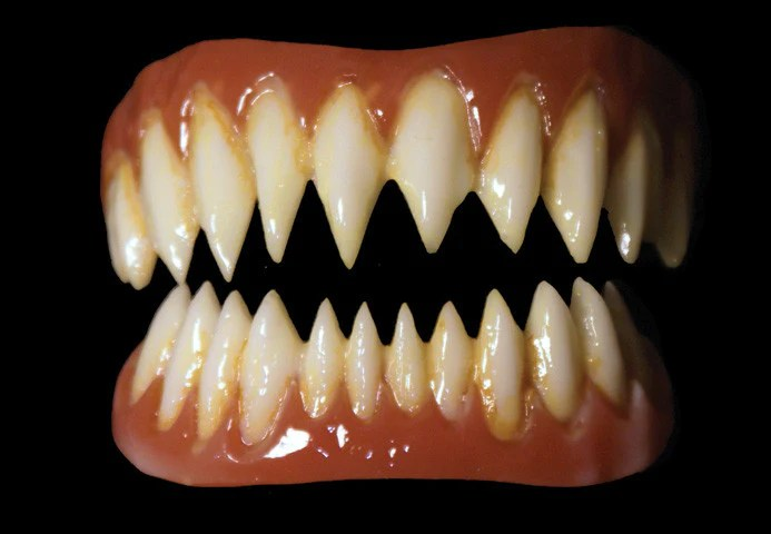 pennywise fx fangs 2