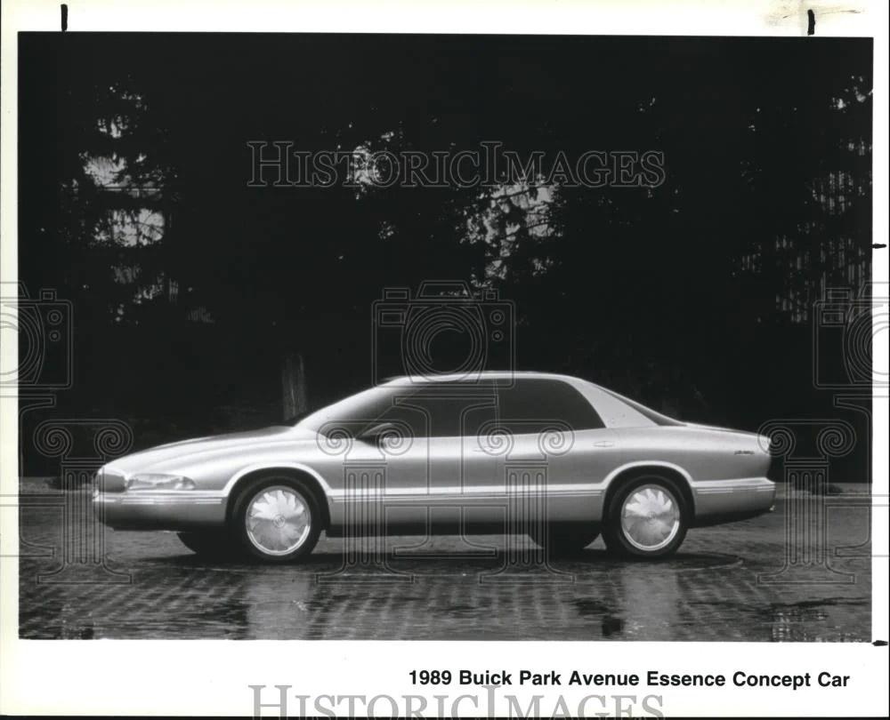 medium resolution of 1989 press photo the buick park avenue essence concept car historic images
