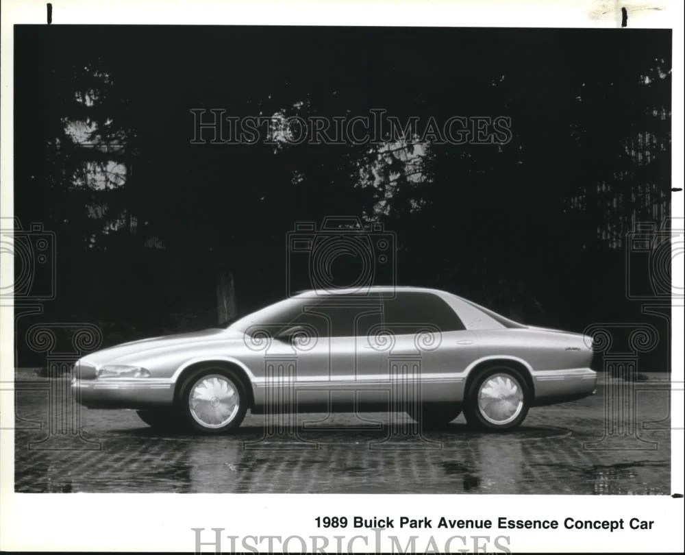 small resolution of 1989 press photo the buick park avenue essence concept car historic images