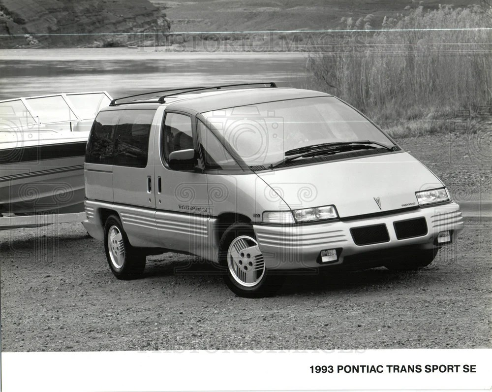 press photo pontiac trans sport chevrolet lumina historic images [ 1000 x 796 Pixel ]