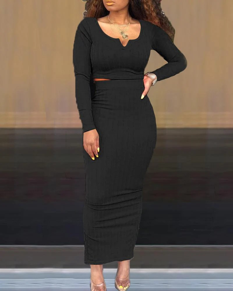 Solid Round Neck Long Sleeve Crop Top & Skirt Sets