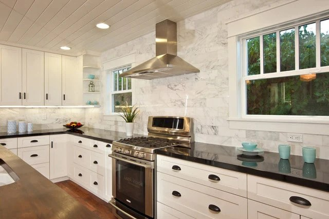 marble backsplash usage and design ideas