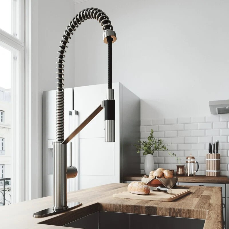 vigo livingston magnetic pull down single handle kitchen faucet with cfiber c technology and deck plate
