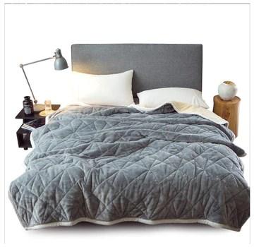XCJ Couverture De Velours Peluche Couverture - Couverture De Lit Super Chaude - Couverture De Canapé Confortable Et Légère,Disponible dans Une Variété De Tailles (Color : Gray, Size : 200 * 230cm)