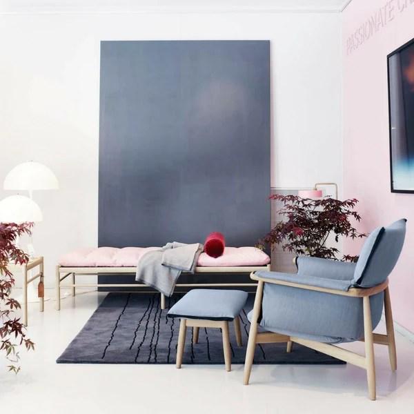 white leather modern office chair blue chairs puerto vallarta eoos   embrace lounge e015 carl hansen & son palette parlor design