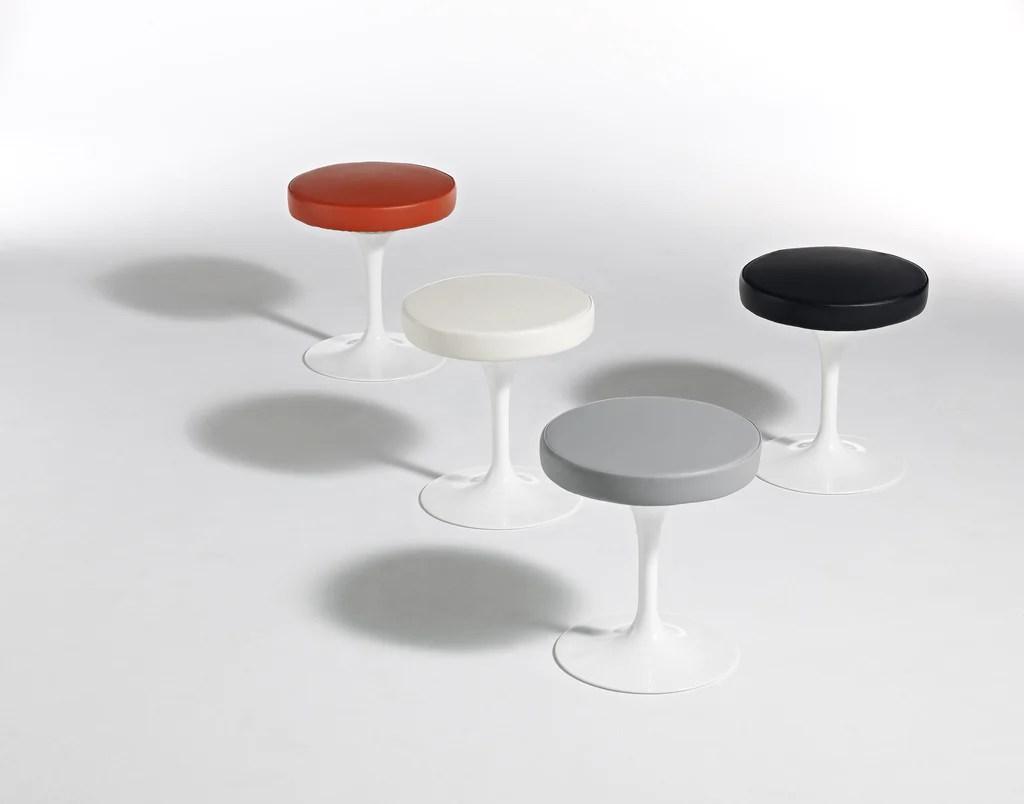 Eero Saarinen  Tulip Stool  Knoll  Modern Furniture