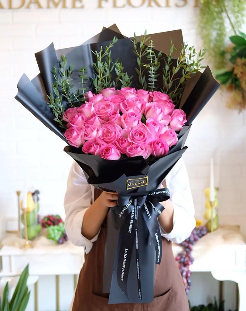 Madame Florist : madame, florist, Elena, Madame, Florist