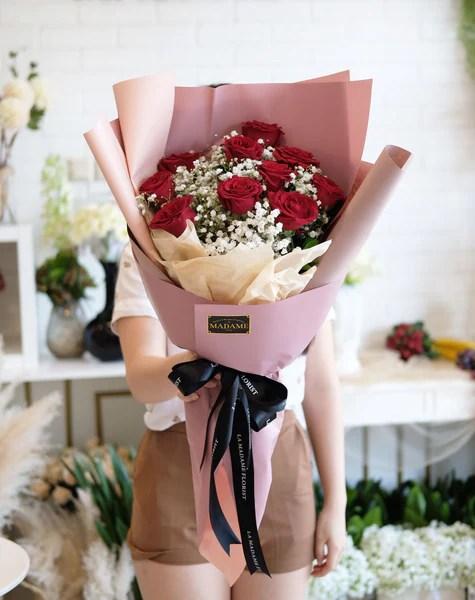 Madame Florist : madame, florist, Blooming, Madame, Florist