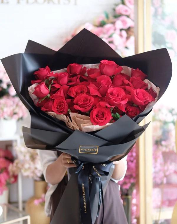 Madame Florist : madame, florist, Roses, Admiration, Madame, Florist