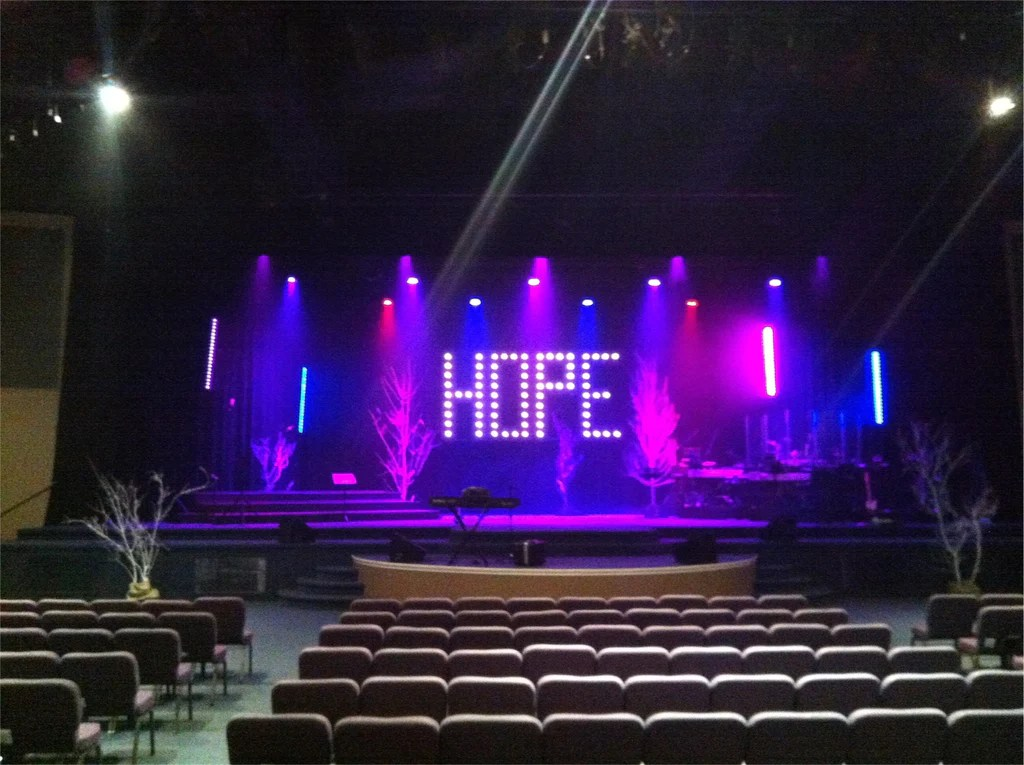 setting up your church stage lighting