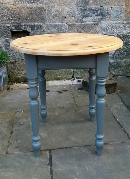 pine kitchen table cabinet door replacement lowes vintage round rustic country dining seats 2