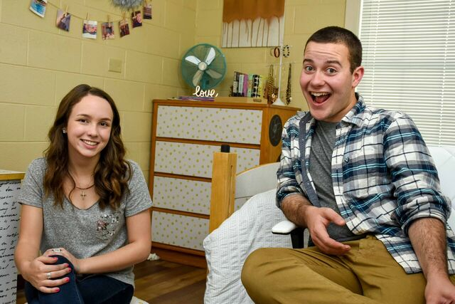 A Little Craft in Your Day sat down to chat about their Dorm Room Takeover Challenge with WallsNeedLove!