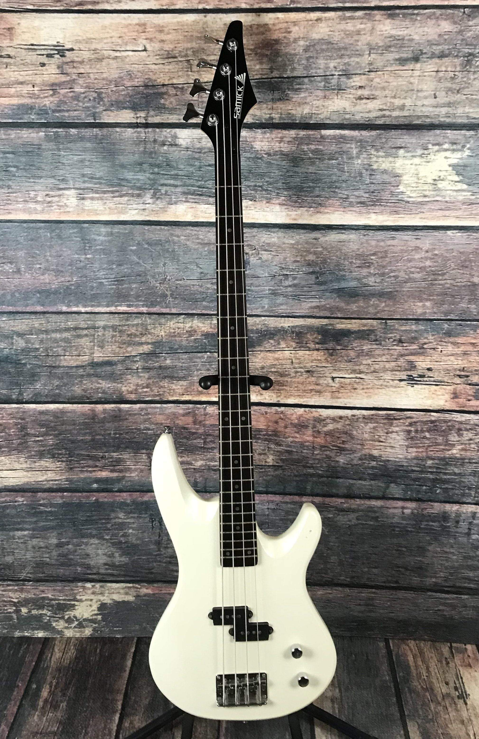 medium resolution of samick electric bass used samick yb410pw 4 string electric p bass with gig bag