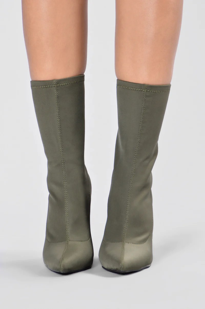 King Of Me Boot - Olive