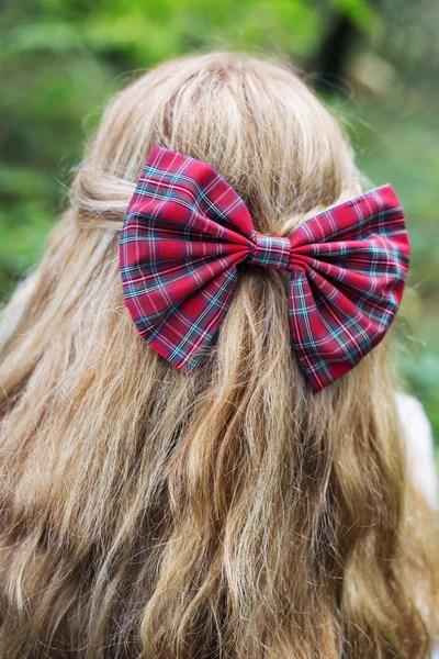 tartan hair bow clip red