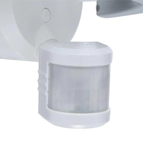 defiant 270 3 head white led motion outdoor security light