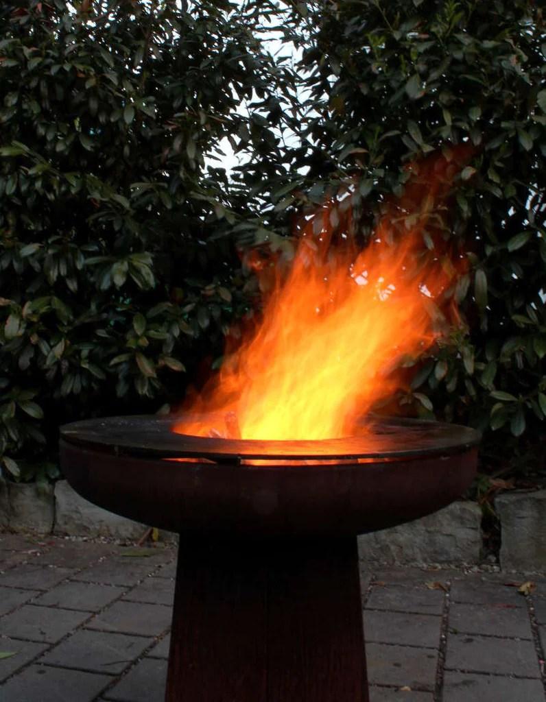 Yagoona Ringgrill BBQ  Goanna 80cm Fire Pit  Yagoona