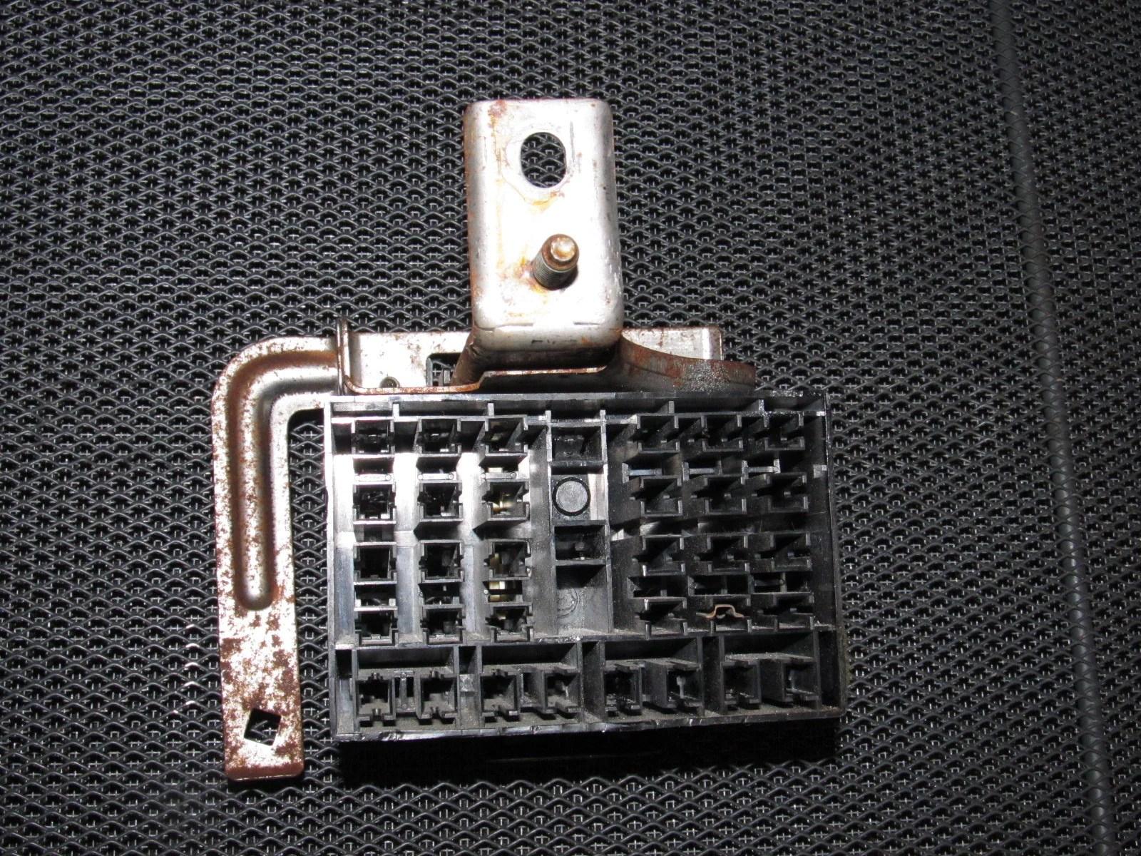 94 95 96 97 mazda miata oem interior fuse box  [ 1600 x 1200 Pixel ]