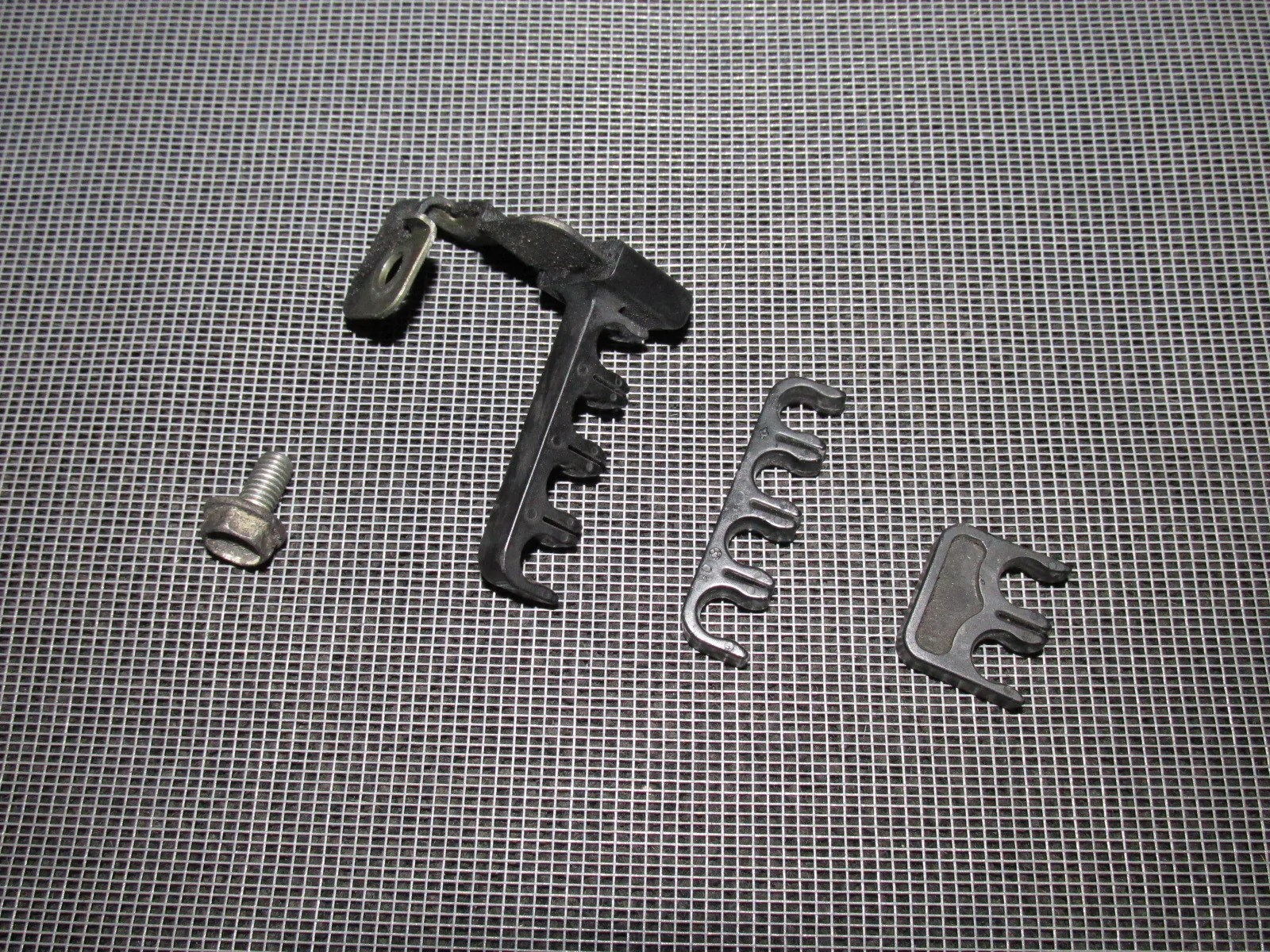 hight resolution of  96 97 98 99 00 honda civic oem ignition wires holder clips