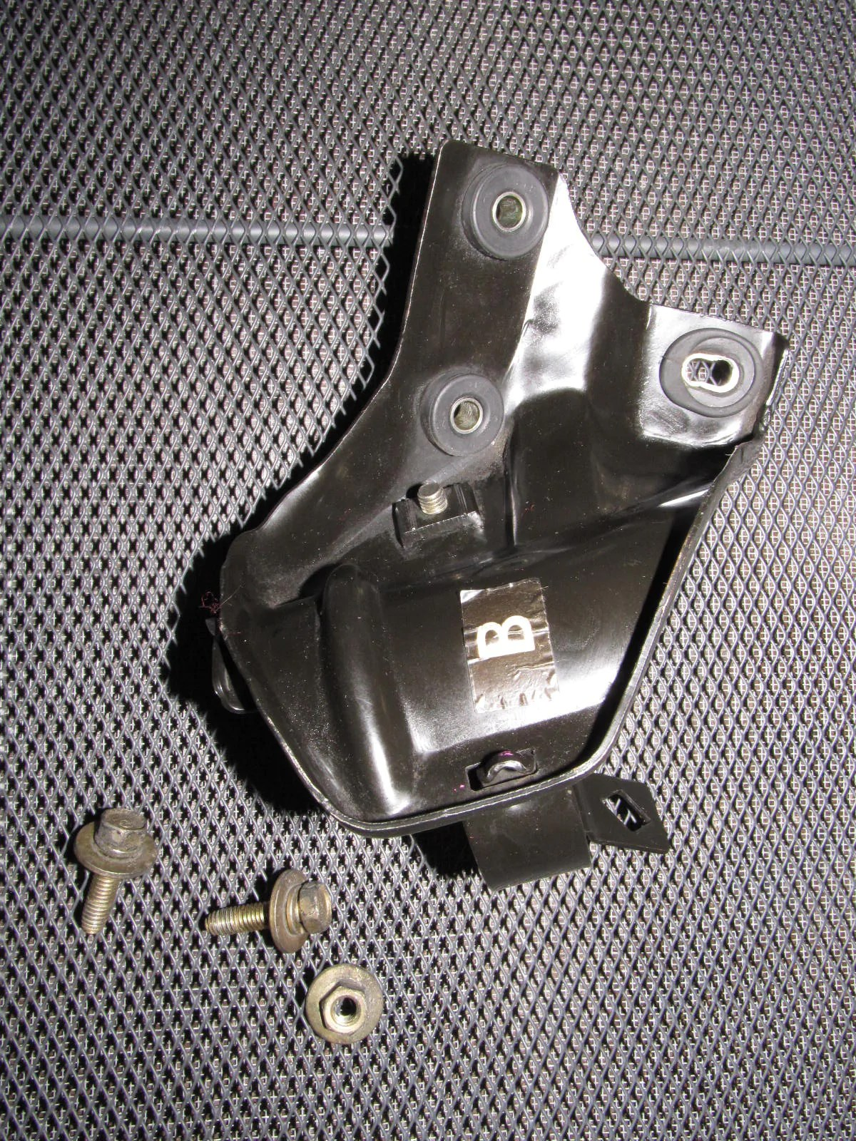 hight resolution of 96 97 98 99 00 honda civic oem fuel filter bracket u2013 autopartone com96 97