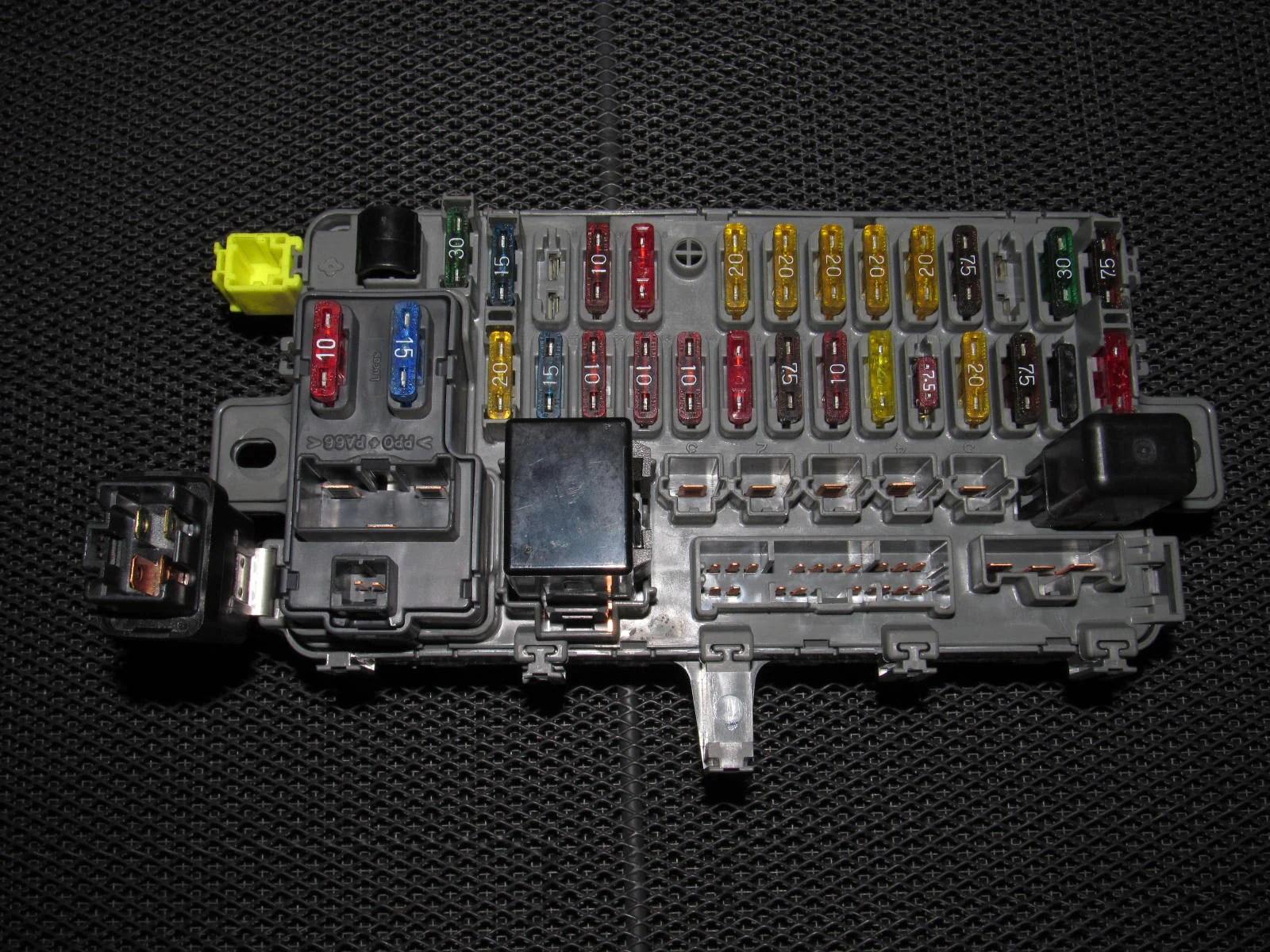 small resolution of 94 95 96 97 98 99 00 01 acura integra oem interior fuse box rh autopartone