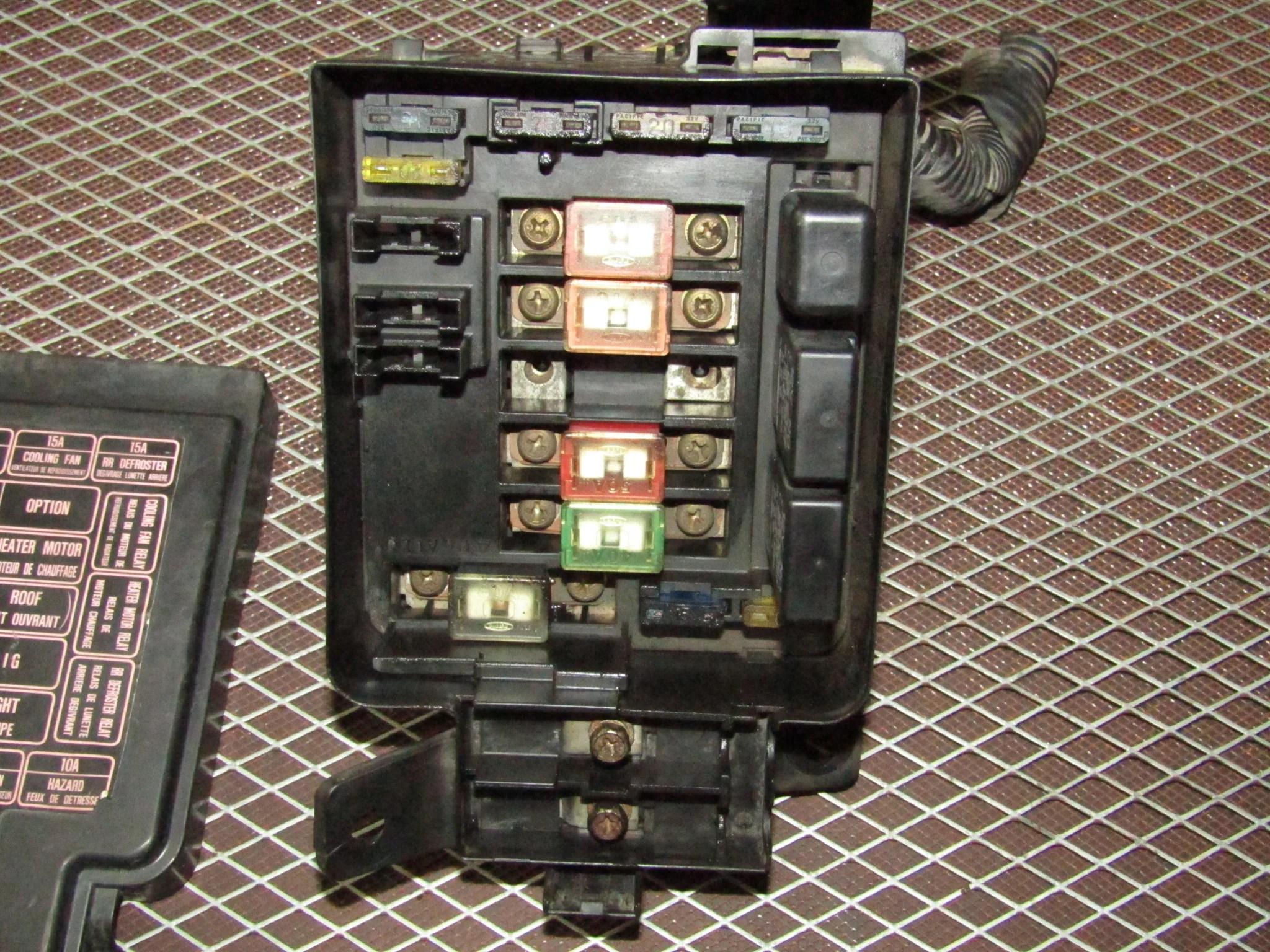 hight resolution of 93 94 95 96 97 honda del sol oem engine fuse box d16z6 saab