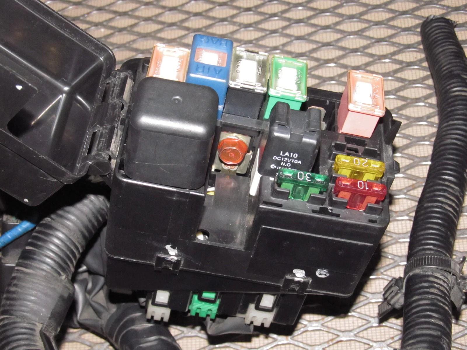 94 95 96 97 mazda miata oem engine fuse box  [ 1600 x 1200 Pixel ]