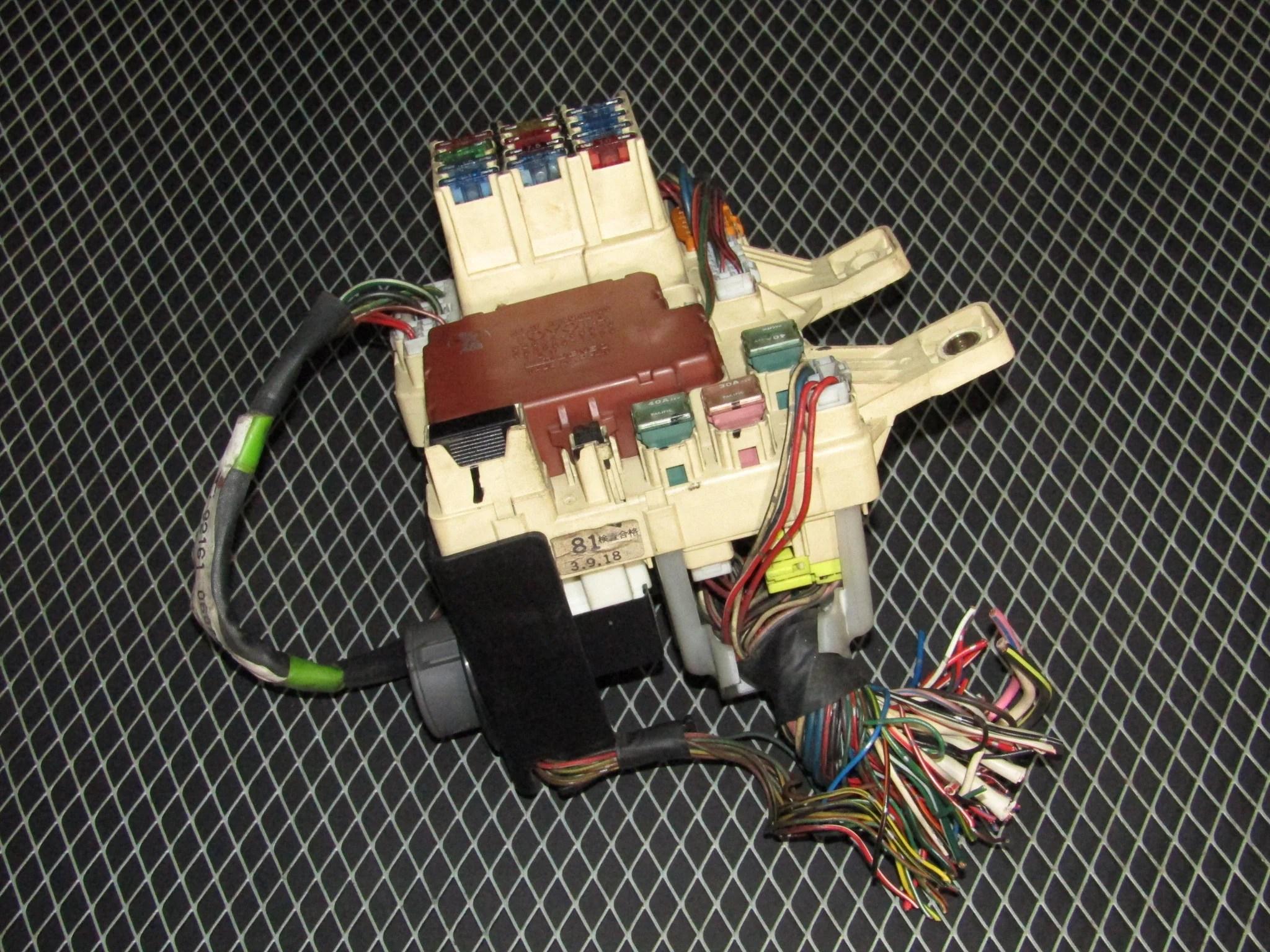 92 93 toyota camry oem interior fuse box 3vz fe v6  [ 2048 x 1536 Pixel ]