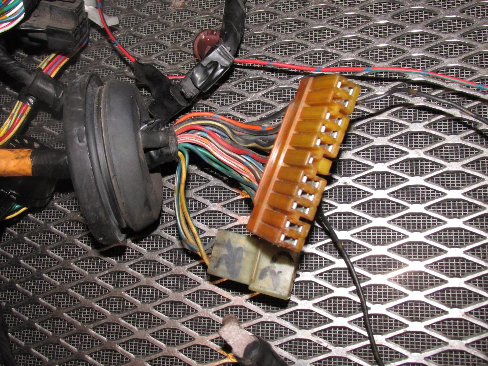 84 85 mazda rx7 oem engine computer headlight wiring harness [ 1600 x 1200 Pixel ]